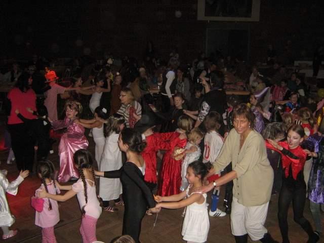 kindermaskerade2011-035